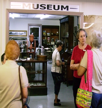 Group welcomed at Alba Museum